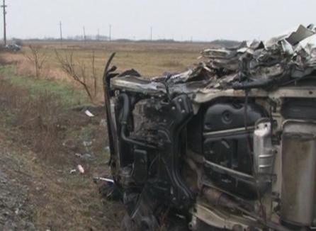 Beat şi fără permis la volan, un mecanic auto din Oradea a 'proptit' maşina unui client într-un stâlp. Poliţiştii l-au trimis după gratii ca să se trezescă