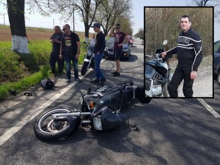 Tânărul motociclist accidentat grav pe DN 79, lângă Gepiu, a murit. Mama sa a decis să îi doneze organele