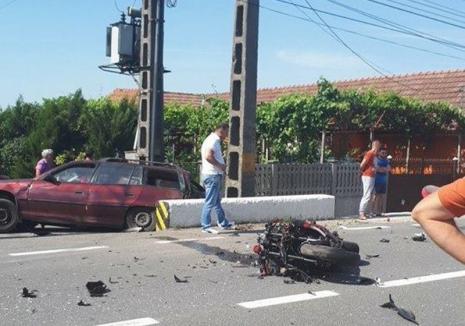 Accident grav pe DN 1, în Urvind: Un motociclist şi-a pierdut viaţa după ce s-a ciocnit cu un autoturism. Traficul a fost deviat (FOTO)