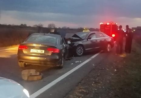 Accident pe DN 1, la ieşirea din Oşorhei: Trei persoane rănite, trafic îngreunat (FOTO)