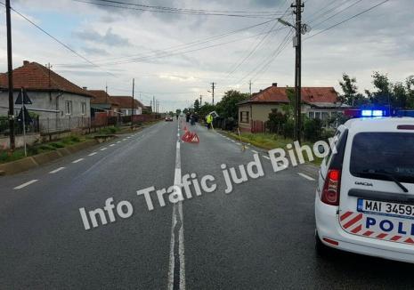 Şoferul unei autoutilitare a adormit la volan pe DN 19! Două persoane au ajuns la spital
