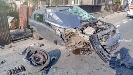Încă un accident pe DN 1, în Bihor. O maşină şi un camion s-au lovit, un bărbat a ajuns la spital (FOTO)
