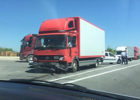 Accident cu 4 mașini la ieșirea din Oșorhei: 9 persoane, duse la spital