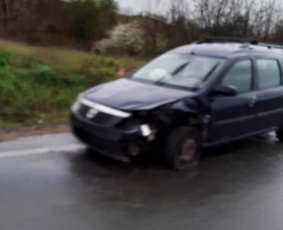 Accident în lanţ la ieşire din Biharia spre Oradea. Un şofer a ajuns la spital (FOTO)