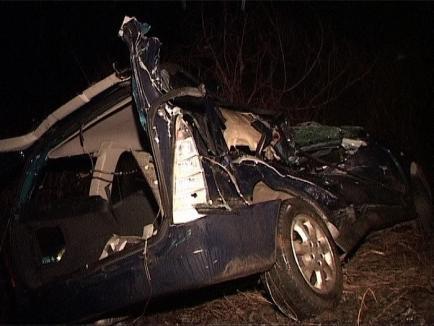 Accident la Miersig: Beat la volan, un şofer din Şoimi s-a răsturnat cu maşina în şanţ