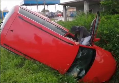 Accident în Belfir. Două maşini s-au făcut praf, un şofer a ajuns la spital (VIDEO)