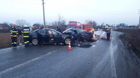 Accident pe DN79, în Bihor, între un BMW şi un Volksvagen: Traficul a fost blocat în zona Gepiu (FOTO)
