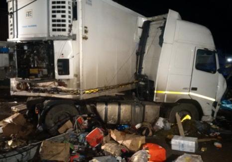 """Un şofer de TIR din Sîntandrei a fost """"săltat"""" de poliţişti şi încarcerat: Beat la volan, a omorât trei oameni și a rănit grav încă doi!"""