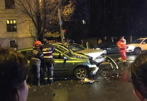 Accident în Oradea, provocat de o şoferiţă de 74 de ani care a trecut pe roşu. Trei persoane, între care o fetiţă de 10 ani, au ajuns la spital