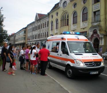 De la bal la spital: tânără acroşată pe când ieşea de la Serbările Timişoreana