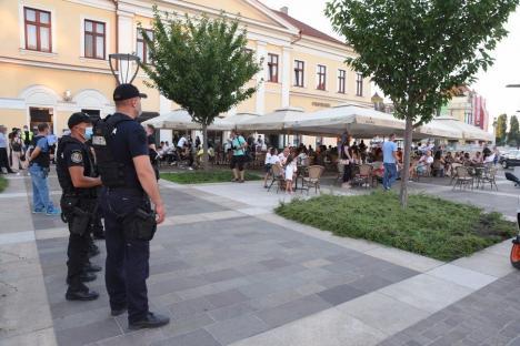Polițiștii au descins la localurile din centrul Oradiei pentru a verifica respectarea regulilor în pandemie. Ce au găsit (FOTO)