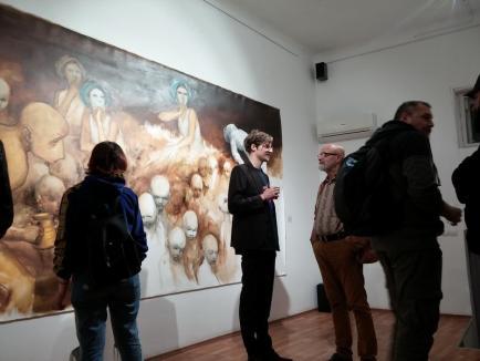 'Ad Absurdum' - vernisaj cu lucrări semnate de pictorul Tudor Frâncu, în Oradea (FOTO)