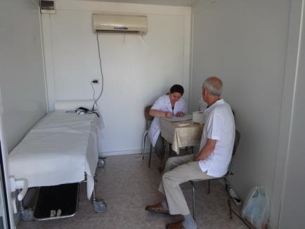 Căldură mare! Patru adăposturi anti-caniculă funcţionează începând de miercuri în punctele aglomerate din Oradea