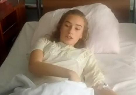 Adolescentă atacată de urs, în Făgăraş: M-a muşcat de picior şi mi-a dat cu ghearele (VIDEO)