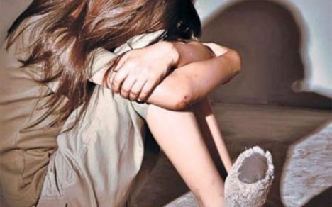 Brancardier anchetat: O fată de 13 ani, agresată sexual pe patul de spital!