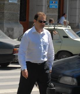 Statul Român, condamnat să plătească 20.000 de lei, pentru arestarea ilegală a lui Adrian Tărău