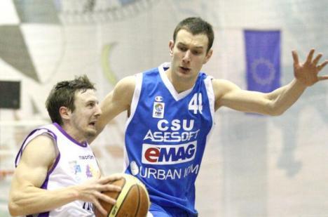 De la Asesoft, la CSM: Guţoaia şi Krapic vor juca la Oradea
