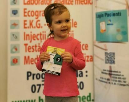 Laboratorul HUMANAMED din Oradea şi '5 to go' îi răsplătesc pe părinţiii care-şi duc copiii la analize cu vouchere la cafenea(FOTO)