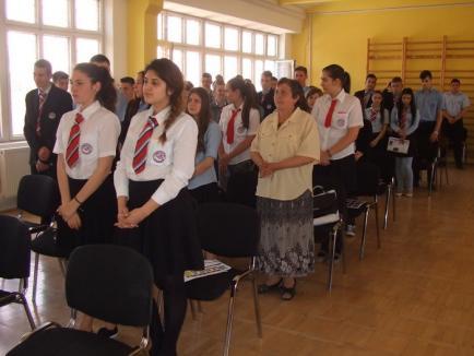 """Lecţie de istorie, la Liceul """"Octavian Goga"""" din Marghita"""