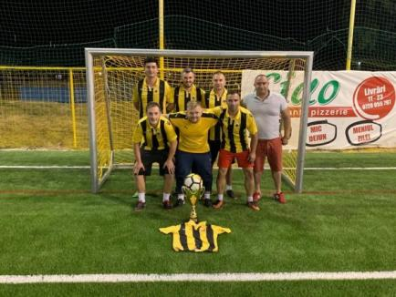Noul sezon de minifotbal a debutat cu competiția pentru Supercupa Bihorului