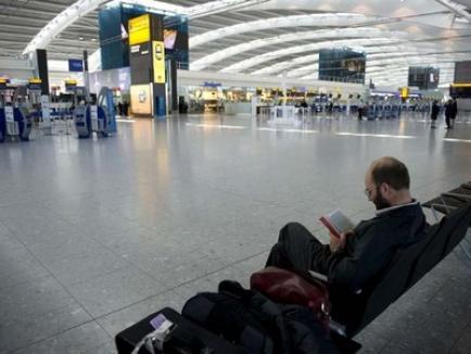 Aeroporturile din România încep să se redeschidă