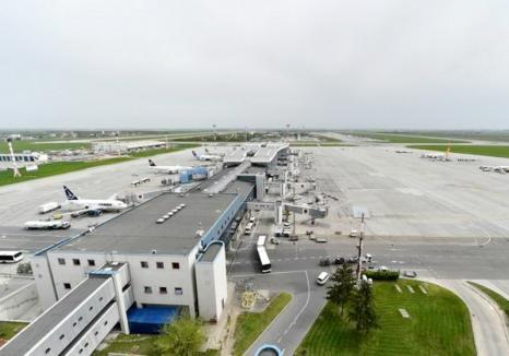 Furturi de produse de lux, de la bordul avioanelor care ajungeau pe Aeroportul Otopeni. Paguba, peste 800.000 de euro