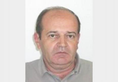 Afaceristul din Vadu Crişului dispărut după ce a căzut cu maşina într-un canal e de negăsit. Poliţiştii l-au dat în urmărire naţională