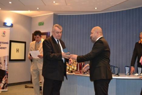 Reprezentanţii Bihorului la Olimpiada de la Londra au fost desemnaţi sportivii judeţului în 2012 (FOTO)