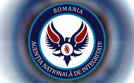 Funcţionar al Direcţiei Agricole Bihor, acuzat de ANI că a fost 6 ani în incompatibilitate
