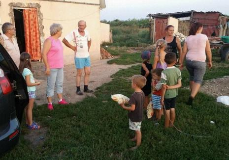 Primăria Tămăşeu, despre familia cu 9 copii ajutată de angajaţii Ambulanţei Bihor: Au de toate!