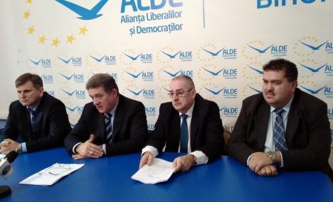 ALDE l-a 'transferat' pe Ovidiu Dăescu şi speră să câştige Primăria Beiuş