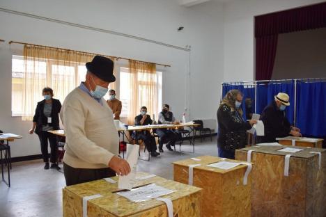 Alegerile locale, la final: Prezenţa la vot este de 52,23% în Bihor şi de 37,11% în Oradea