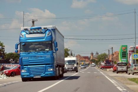 Interzis pe şosele! Restricţii pe drumurile naţionale pentru camioane şi TIR-uri