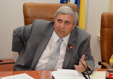 Lovitură a DNA: Vicepreşedintele CJ Bihor, Alexandru Kiss, urmărit penal pentru luare de mită!