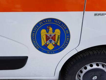 """După trei ani de """"abstinenţă"""" totală, Serviciul de Ambulanţă al Judeţului Bihor a primit 10 autosanitare noi (FOTO)"""