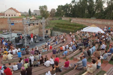 Spectacolele în aer liber ar putea fi reluate la începutul lunii iunie, anunță Ministrul Culturii. Ce se întâmplă cu Untold