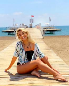 Vacanță de lux în Turcia: Amna și Andreea Antonescu, pe plajele din Antalya(FOTO / VIDEO)