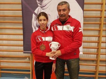 Andrea Muntean, pe primul loc la finele Circuitului Internaţional de spadă 'Olimpici' din Ungaria