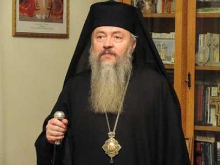 Noul mitropolit al Clujului este IPS Andrei Andreicuţ