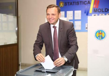 Alegeri la Chişinău: Andrei Năstase, candidatul proeuropean, a fost ales în funcţia de primar