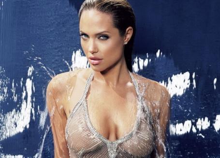Scandal la Hollywood. Producător acuzat de hărţuire sexuală inclusiv de Angelina Jolie