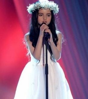 Fetiţa de 8 ani care a cucerit lumea cu vocea ei (VIDEO)