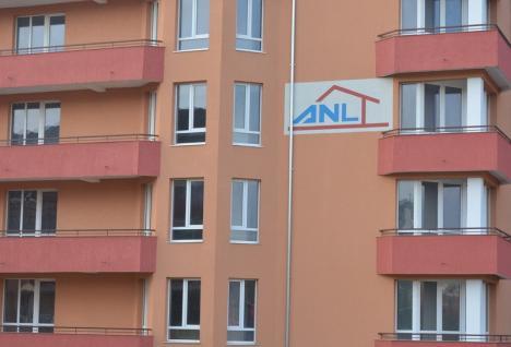 Angajaţii Consiliului Judeţean Bihor ar putea primi locuinţe de serviciu într-o clădire nouă, ridicată prin ANL