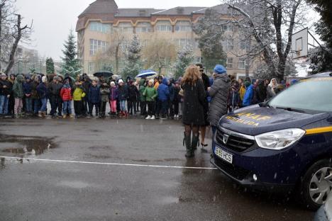 Antifrauda la Şcoala Oltea Doamna! Elevii au aflat 'de la sursă' cum se combate evaziunea fiscală (FOTO/VIDEO)