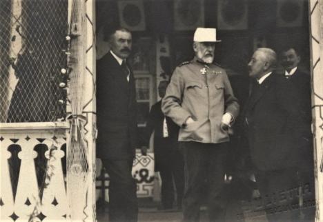 O nouă expoziţie la Muzeul Oraşului Oradea: 'O Prietenie Regală: Grigore Antipa şi Regii României 1892-1944'