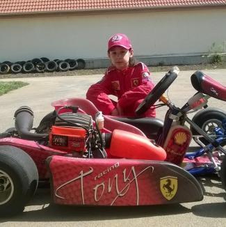 Tânărul pilot orădean Antonio Cohuţ, invitat la testele The Speed Arena din Austria