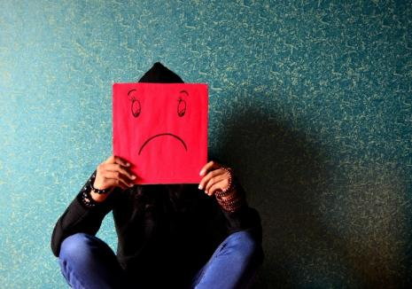 Tulburările anxioase: Cum gestionăm stresul posttraumatic