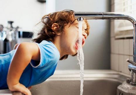 Apa şi organismul: Bolile transmise prin apă
