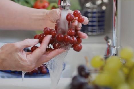 100% sigură: Compania de Apă Oradea dă asigurări că apa de la robinete este verificată şi tratată la standarde înalte (VIDEO)