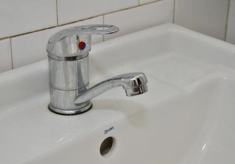 Bihorenii din mai multe localități rămân fără apă din cauza lucrărilor